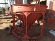 Бадья для бетона круглая с клешневым затвором БК-2,0 с лотком под миксер